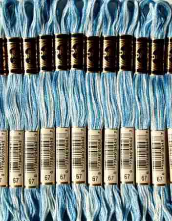 DMC 067 színátmenetes kék osztott hímzőfonal