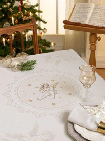 Damaszt asztalterítő - angyal mintás - hímezhető kongré betéttel