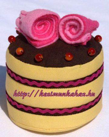 Tűpárna - sütemény alakú