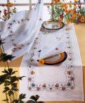 Damaszt asztalterítő - pöttyös - hímezhető kongré betéttel