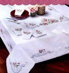 Vadrózsa - előfestett keresztszemes hatalmas asztalterítő