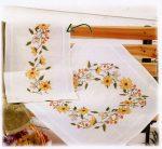 Napszem virág - előfestett keresztszemes terítő