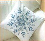 Kék virág - előfestett párna