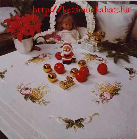 Gyertyák és alma - előfestett asztalterítő