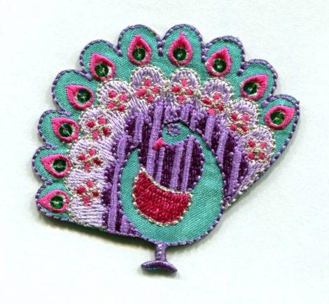 Páva - ruhára vasalható textil matrica