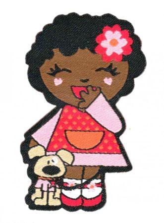 Kislány kutyussal - ruhára vasalható textil matrica