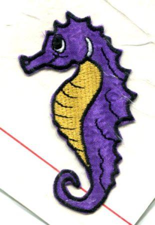 Csikóhal - ruhára vasalható textil matrica