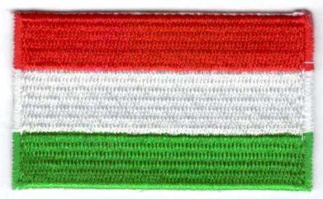 Zászló - magyar - ruhára vasalható textil matrica